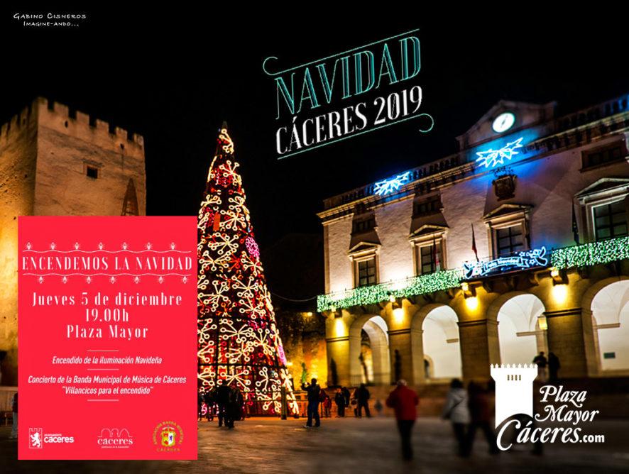 Encendido de las Luces de Navidad en Cáceres en la Plaza Mayor